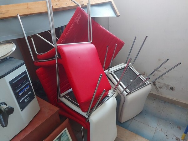 Immagine n. 13 - 1#5424 Arredi ed attrezzature da ufficio