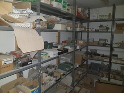 Shelving and pallet trucks - Lot 15 (Auction 5441)