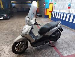 Motociclo Piaggio Beverly - Lotto 2 (Asta 5447)