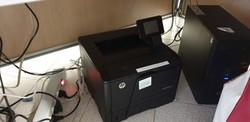 Hp printer and monitor - Lot 10 (Auction 5451)