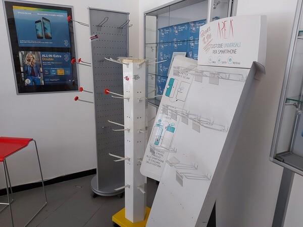 Immagine n. 40 - 2#5452 Oscilloscopio national e attrezzature elettroniche da ufficio