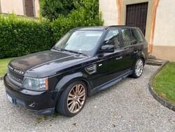 Automobile Range Rover