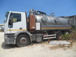 Iveco vacuum truck and pump - Lot 1 (Auction 5469)