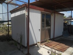 Office container with furniture - Lot 11 (Auction 5469)
