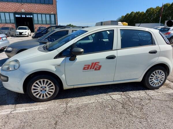 Immagine n. 2 - 11#5479 Autocarro Fiat Punto Evo