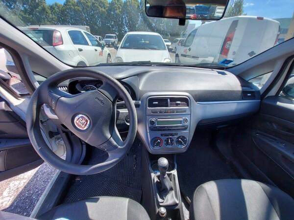 Immagine n. 16 - 12#5479 Autocarro Fiat Punto Evo