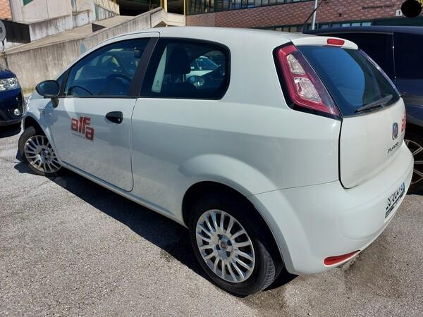Immagine n. 5 - 13#5479 Autocarro Fiat Punto Evo