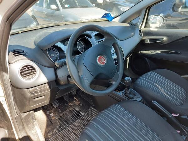 Immagine n. 15 - 14#5479 Autocarro Fiat Punto Evo