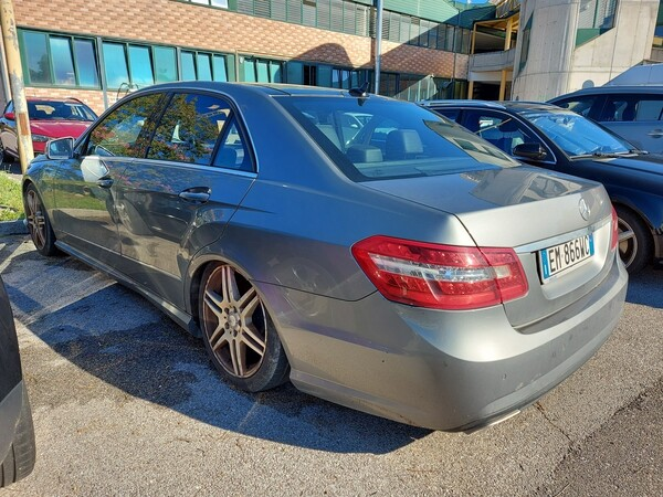 Immagine n. 4 - 18#5479 Autovettura Mercedes Benz classe E 350 CDI