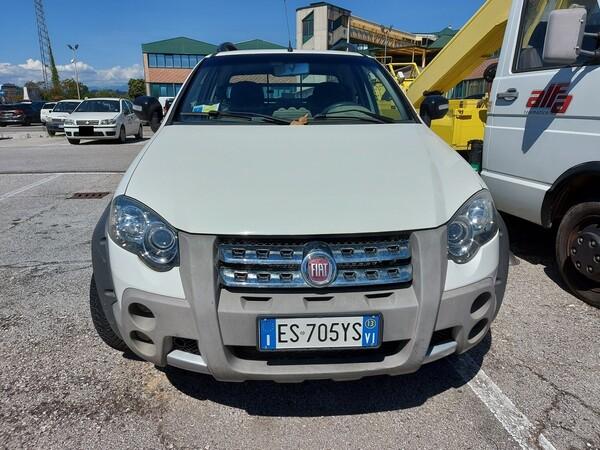 Immagine n. 2 - 21#5479 Autocarro Fiat Strada Adventures