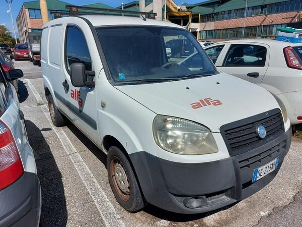 Immagine n. 3 - 5#5479 Autocarro Fiat Doblò