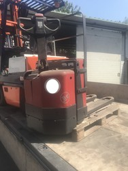 BT pallet truck - Lot 16 (Auction 5482)