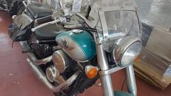 Kawasaki motorcycle - Lot 40 (Auction 5491)