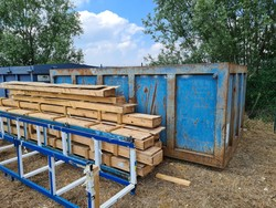 Metal container in the open air - Lote 1 (Subasta 5500)