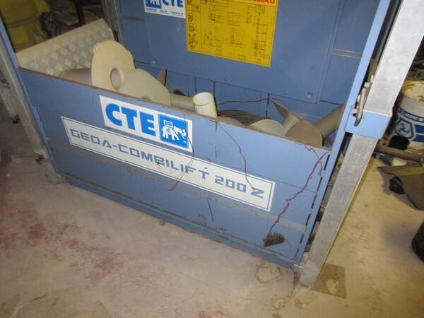 Immagine n. 2 - 3#5505 Parti di ponteggi e attrezzatura industriale