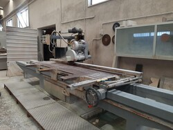 Double sided flag cutter and Comandulli Edilux - Lot 0 (Auction 5515)