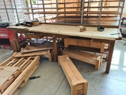 Work benches and low trolleys - Lot 14 (Auction 5516)