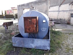 Righetto diesel tank - Lot 8 (Auction 5525)