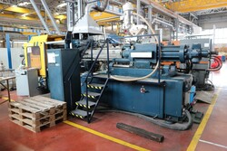 Penta injection molding machine - Lot 31 (Auction 5528)