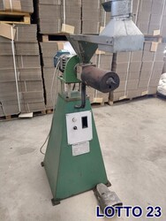 Omr mini extruder - Lot 23 (Auction 5533)