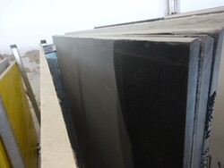 Black marquinia marble and satin ebony slabs - Lot 312 (Auction 5538)