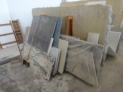 Green guatemala and patagonia marble slabs - Lot 317 (Auction 5538)