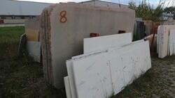 Bianco statuario and juaparana colombo marble slabs - Lote 562 (Subasta 5538)