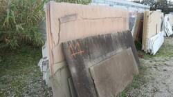Nero marquinia and pink quartzite slabs - Lote 564 (Subasta 5538)