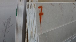 Daino Reale marble and Istrian stone slabs - Lote 586 (Subasta 5538)