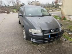 Citroen Berlingo and Fiat Stilo automobiles - Lot 0 (Auction 5539)