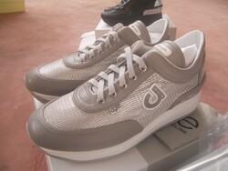 Borse Moschino e scarpe - Lotto 0 (Asta 5540)