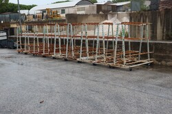 Iron trolleys and pipes for suction system - Lot 5 (Auction 5547)