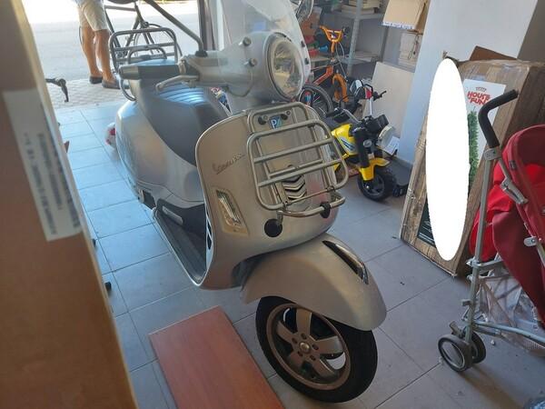 3#5558 Motociclo Vespa Piaggio