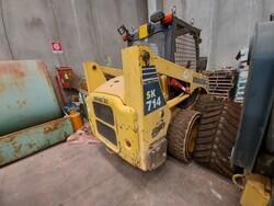 Komatsu SK 714 mini wheel loader - Lot 21 (Auction 5562)