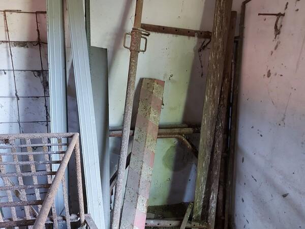 1#5566 Attrezzature e materiali da cantiere in vendita - foto 31