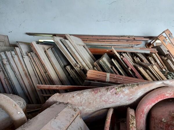 1#5566 Attrezzature e materiali da cantiere in vendita - foto 86