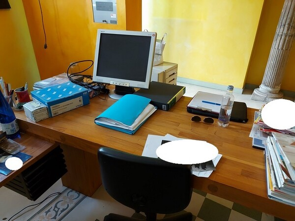 4#5566 Mobili e attrezzature da ufficio in vendita - foto 4