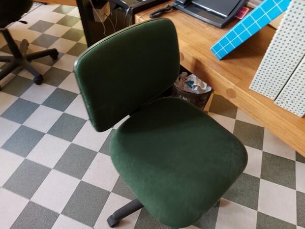 4#5566 Mobili e attrezzature da ufficio in vendita - foto 16