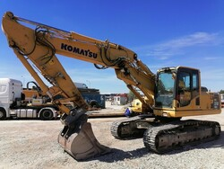 Komatsu New Holland excavators and Dynapac roller - Lot 0 (Auction 5567)
