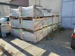 Piastrelle Lastre Ceramica Retate e attrezzature da cantiere - Lotto 0 (Asta 5569)