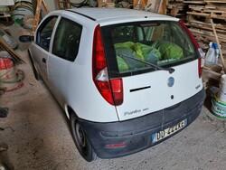 Fiat Punto truck - Lot 4 (Auction 5570)