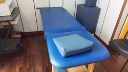 Office furniture and physiotherapy equipment - Lote 5 (Subasta 5577)