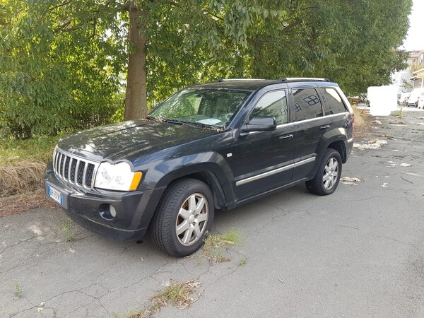 119#5580 Autovettura Jeep Cherokee