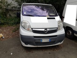 Opel Vivaro truck - Lot 140 (Auction 5580)