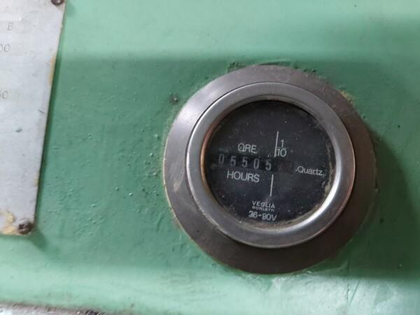 3#5598 Carrello elevatore con caricabatterie in vendita - foto 6