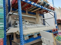 Shelving and trolleys - Lot 3 (Auction 5602)