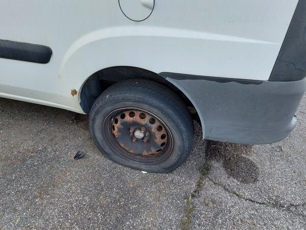 1#5610 Autocarro Fiat Doblò e autovettura Volkswagen in vendita - foto 30