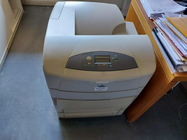 10#5611 Arredi e attrezzature elettroniche da ufficio in vendita - foto 14