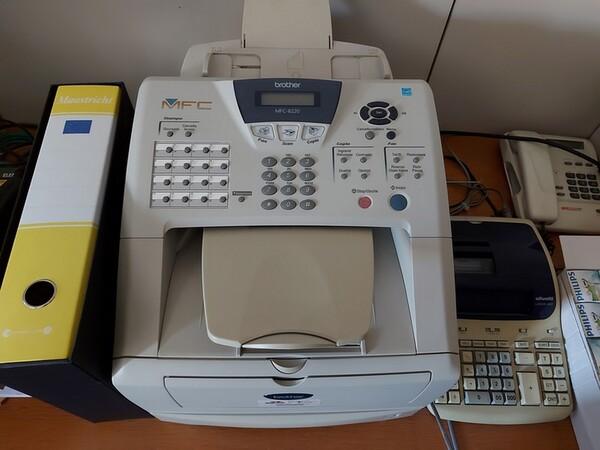10#5611 Arredi e attrezzature elettroniche da ufficio in vendita - foto 20