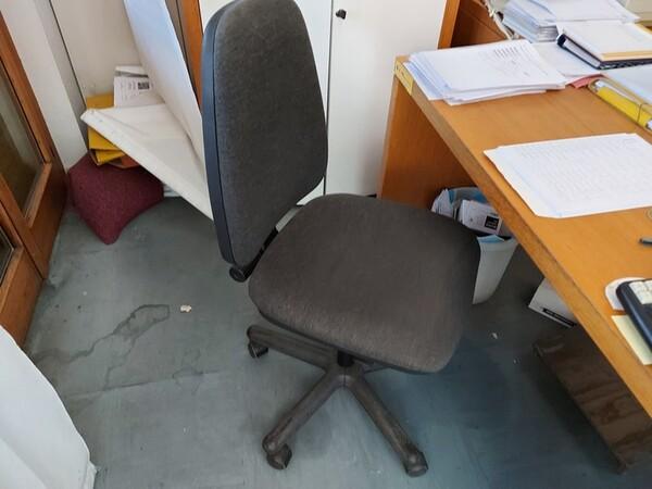 10#5611 Arredi e attrezzature elettroniche da ufficio in vendita - foto 28